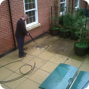 Reach and Wash Window Cleaning